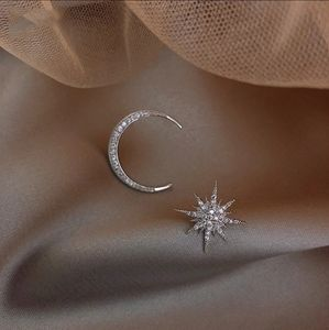 GLITTERING STARBURST & CRESCENT MOON EARRINGS NIP